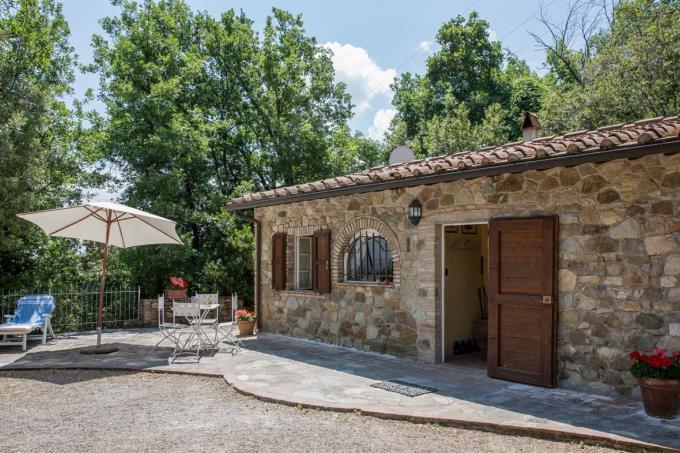 autentico-fienile-ristrutturato-in-vendita-in-toscana-Pisa-chianni