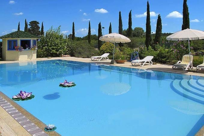 piscina-rustico-casale-di-prestigio-in-vendita-toscana-colline-pisane