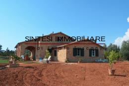 Esclusivo casale in pietra con piscina e vista mare in vendita in Toscana| Pisa| Casale Marittimo