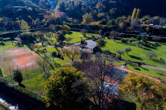 giardino-ex-mulino-ristrutturato-con-piscina-e-tennis-in-vendita-toscana-versilia