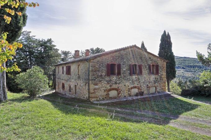 giardino-casale-in-pietra-ristrutturato-con-6-camere-in-vendita-toscana-pisa-volterra