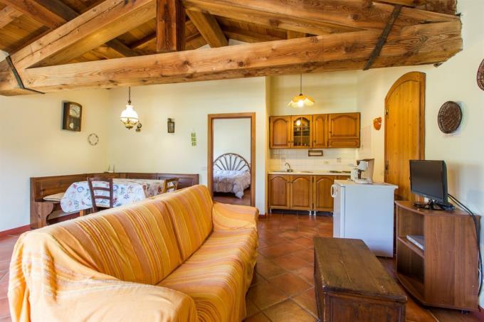 guesthouse-fattoria-con-vigneti-vicino-mare-in-vendita-toscana-bolgheri