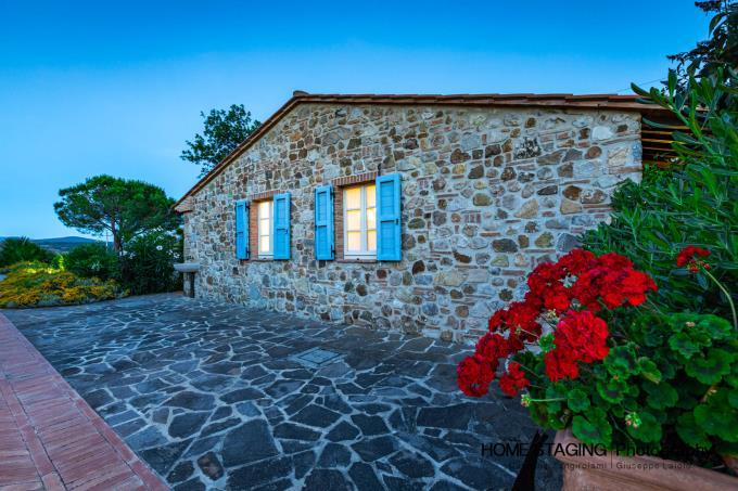 guesthouse-meravigliosa-tenuta-con-olivi-piscina-in-vendita-toscana-grosseto-massa-marittima