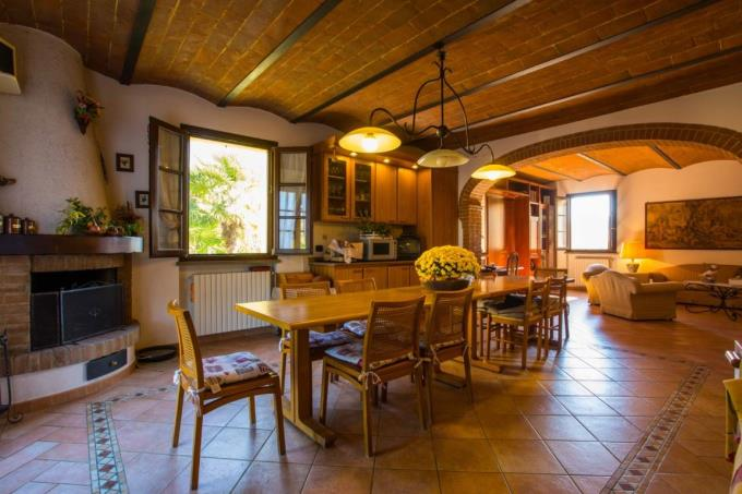 incantevole-tenuta-fattoria-in-vendita-toscana-maremma-pisa