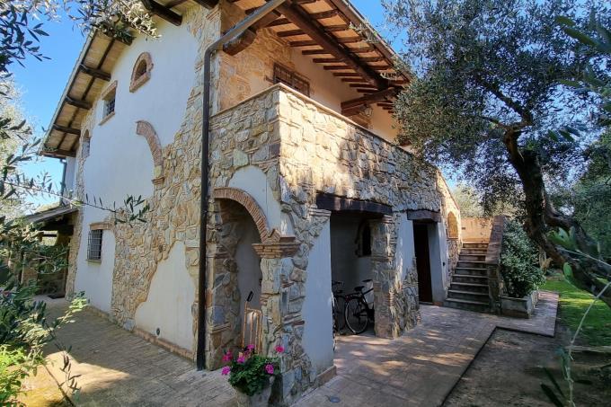 ingresso-indipendente-graziosa-suite-tenuta-di-lusso-in-vendita-Toscana-grosseto-capalbio