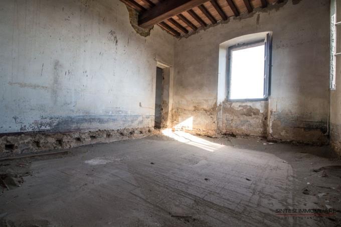 interni-tenuta-con-villa-settecentesca-in-vendita-toscana-volterra