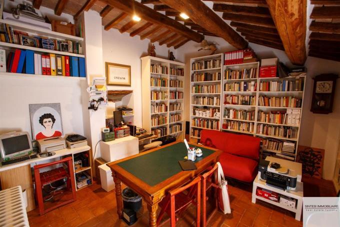 libreria-rustico-in-pietra-in-vendita-toscana-pisa-volterra