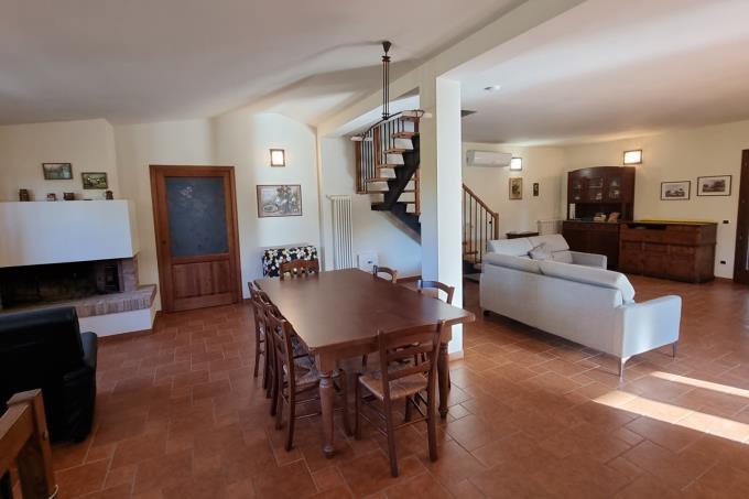 villa-esclusiva-con-piscina-vicina-spiaggia-3 camere-in-vendita-toscana-bolgheri