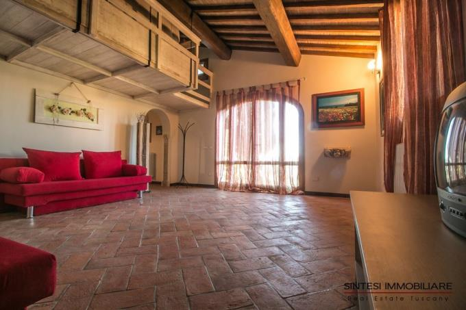 sala-prestigiosa-villa-in-stile-toscano-in-vendita-toscana-pisa-monteverdi-marittimo