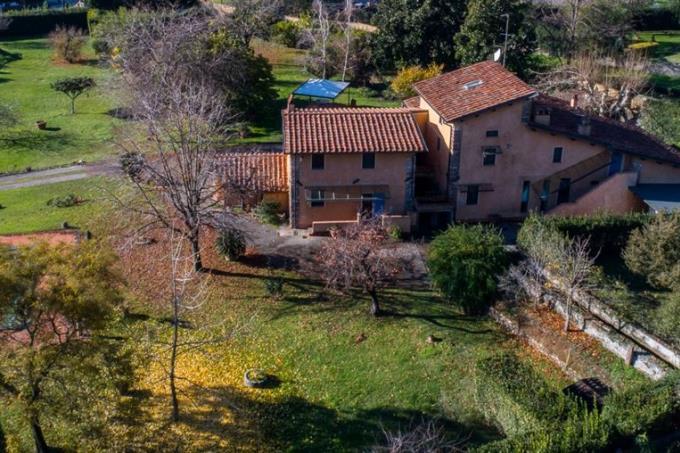 lussuosa-villa-con-piscina-in-vendita-in-toscana-pietrasanta