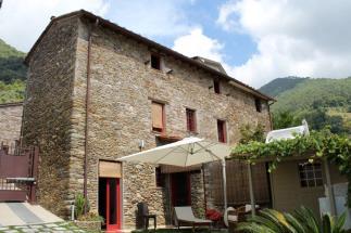 prestigioso casale ex-fienile ristrutturato in vendita in Toscana | Lucca | Pietrasanta