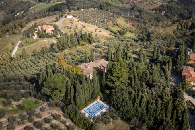 villa-di-charme-11-camere-piscina-in-vendita-toscana-pisa-volterra