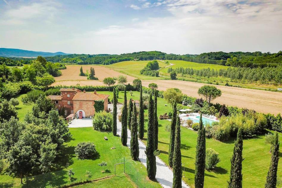villa-di-lusso-con-piscina-vicino-mare-in-vendita-toscana-pisa-fauglia