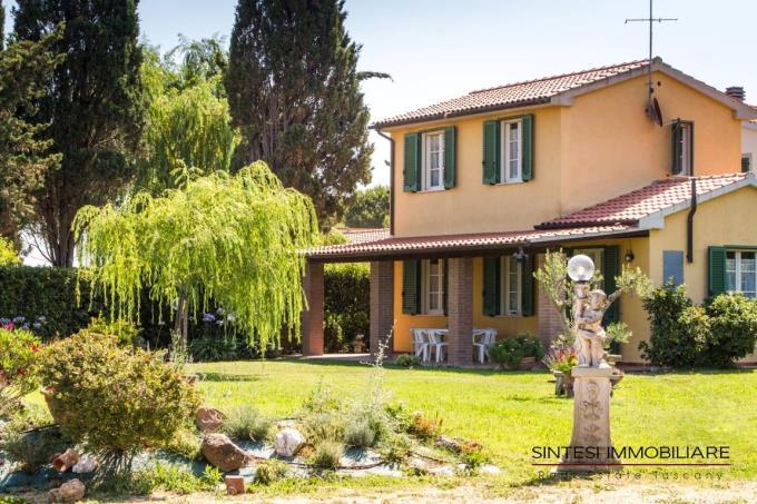parco-villa-di-lusso-vendita-costa-toscana-livorno