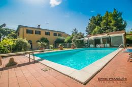 villa storica con piscina e dependance in vendita toscana | costa Livorno | vicino golfo di baratti