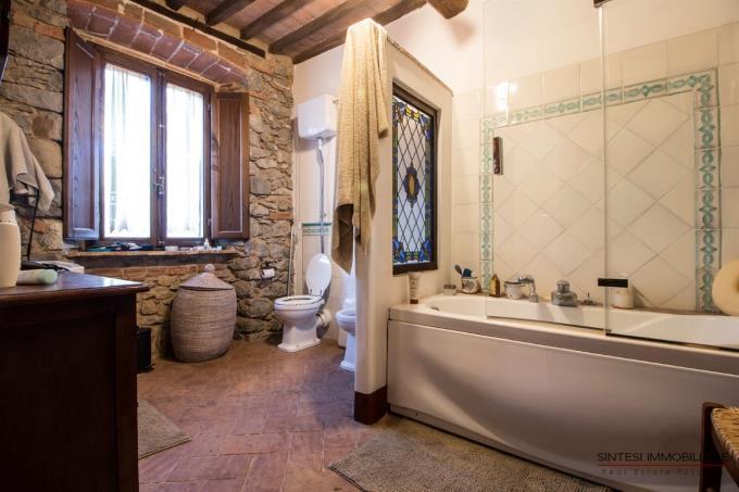 bagno-porzione-casale-ristrutturato-in-vendita-toscana-scansano-maremma