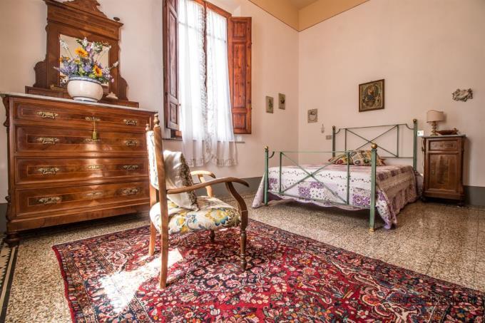 amera-principale-tenuta-con-villa-antica-in-vendita-toscana-pisa