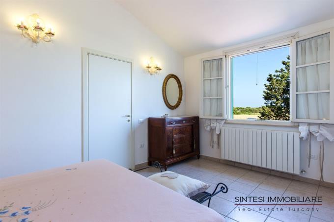 camera-principale-villa-lusso-vendita-toscana-cecina-marina