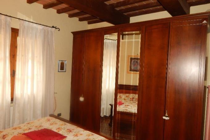 camera-padronale-appartamento-vendita-costa-toscana-livorno