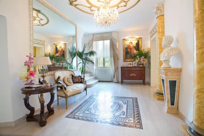 piano-nobile-della-villa-di-lusso-in-vendita-in-umbria-spoleto