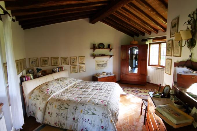 master-bed-prestigiosa-tenuta-in-vendita-toscana-grosseto-scansano
