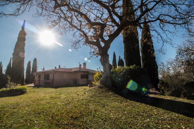 villa-con-vigneti-e-vista-argentario-in-vendita-toscana-scansano
