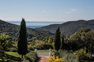 Prestigious villa with sea view for sale in Tuscany | Quercianella | livorno coast