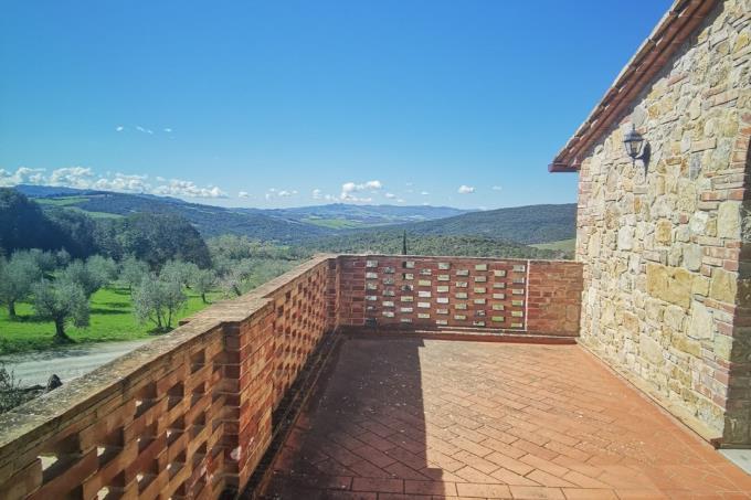 terrazza-panoramica-casale-di-charme-tuscany-pisa-volterra