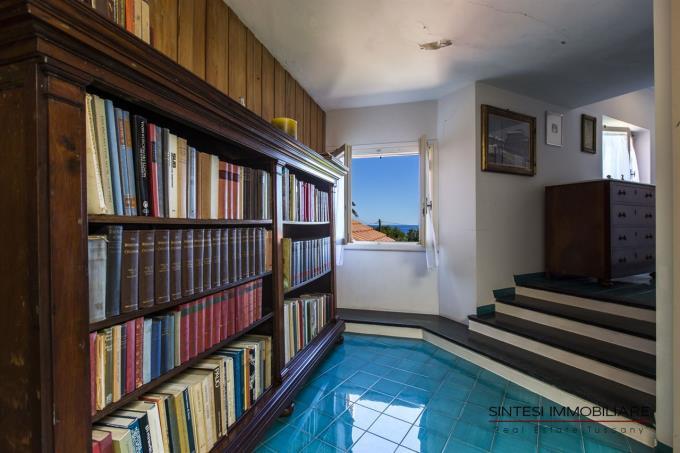 accesso-suite-padronale-villa-vendita-toscana-castiglioncello