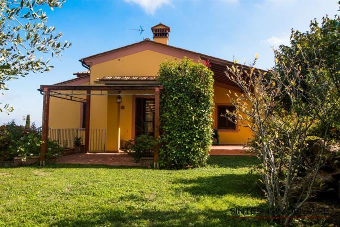 pergolato-prestigiosa-villa-in-vendita-toscana-pisa