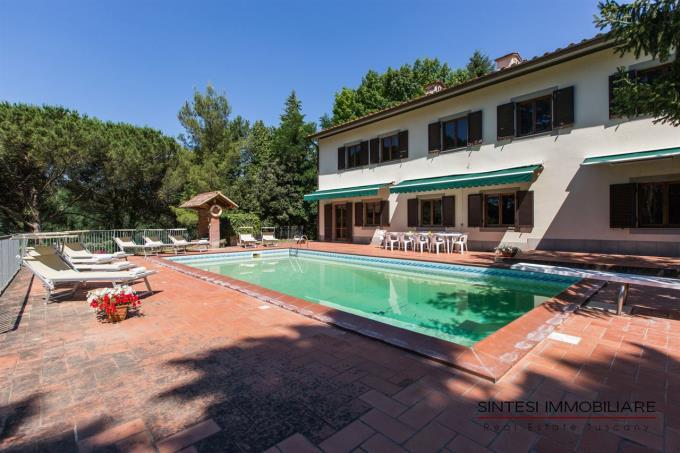 piscina-casale-di-lusso-vendita-toscana-pisa
