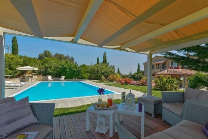 piscina-lussuoso-rustico-ottocentesco-in-vendita-toscana-pisa