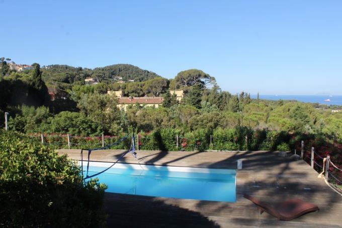 piscina-rustico-di-prestigio-in-vendita-costa-livorno