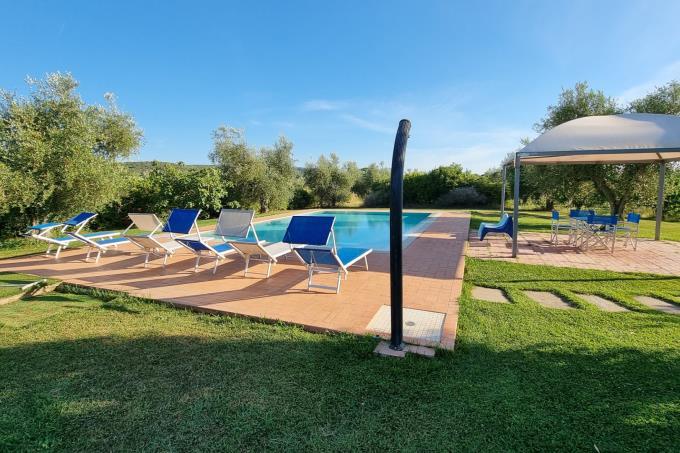 parco-con-piscina-casale-di-charme-vicino-mare-in-vendita-toscana-costa-etrusca-castagneto-carducci