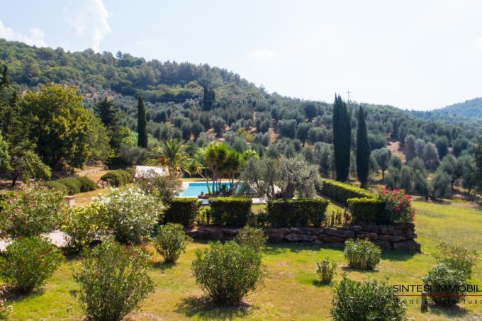 meravigliosa-tenuta-con-piscina-4-casali-vista-mare-in-vendita-toscana-livorno-suvereto