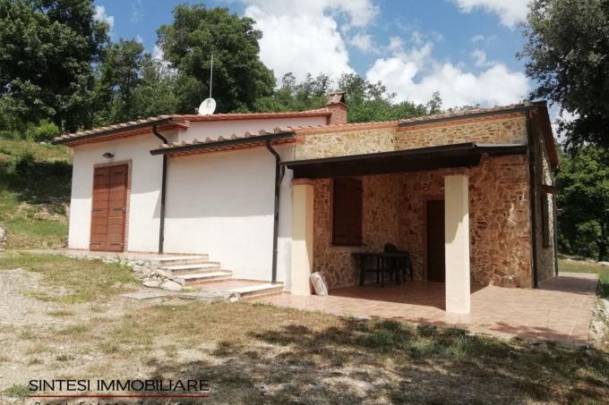 porticato-rustico-ex-fienile-ristrutturato-in-vendita-castagneto-carducci-area