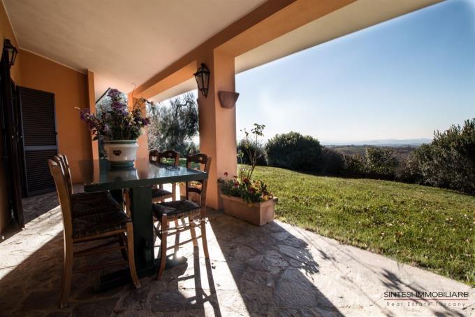porticato-villa-di-prestigio-in-vendita-in-toscana-grosseto-scansano