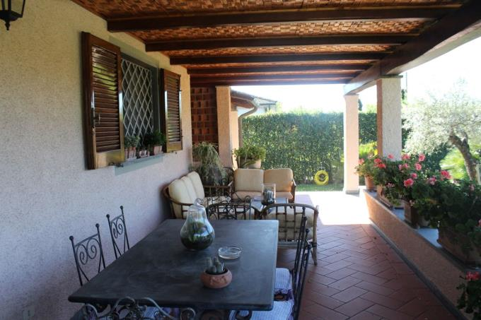 porticato-villa-nuova-costruzione-in-vendita-toscana-versilia