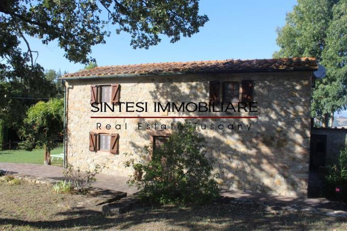 prestigioso-rustico-casale-in-pietra-in-vendita-Toscana-Pisa-Volterra
