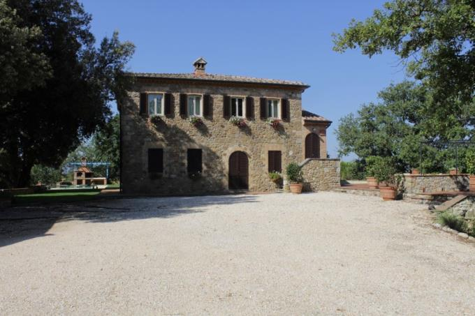 prestigiosa-villa-ottocentesca-vendita-toscana-siena