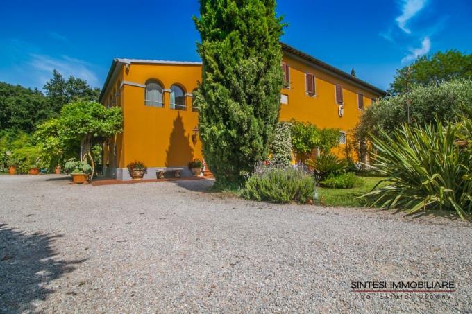 esclusiva-tenuta-con-villa-antica-in-vendita-toscana-livorno-san-vincenzo