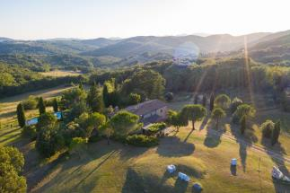 Podere Santa Giulia with pool | 4 beds | 2 baths | 5 ha for sale Toscana| Pisa| volterra countryside