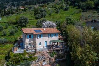 Casale ristrutturato con vista mare mozzafiato in vendita in toscana | Versilia | Pietrasanta