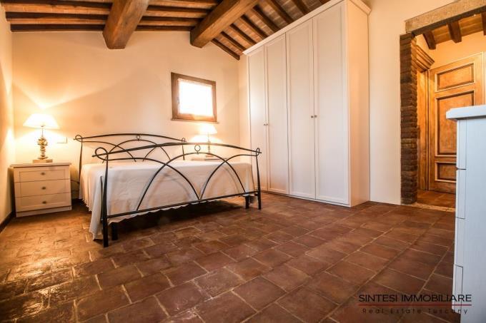 raffinata-camera-casale-in-vendita-toscana-pisa-monteverdi-marittimo