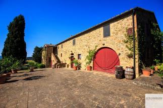 Prestigioso casale del 700 in vendita in Toscana a Volterra (Pisa)