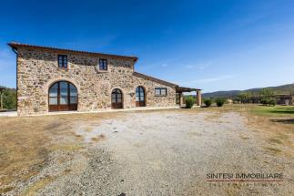 Rustic farmhouse | countryhouse for sale Tuscany Livorno beetwen Castagneto Carducci and suvereto