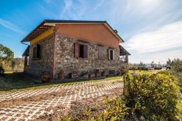 rustico casale ristrutt, vista mare in vendita 5 camere | 3 bagni| Toscana | Castagneto Carducci