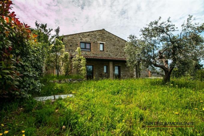 rustico-ristrutturato-con-due-appartamenti-vicino-al-mare-toscana-pisa-santa-luce