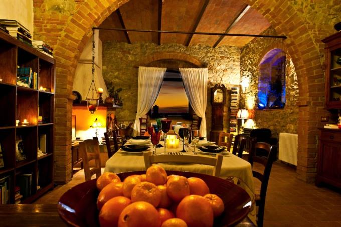 sunset-from-living-of-fine-farmhouse-for-sale-tuscany-scansano-grosseto
