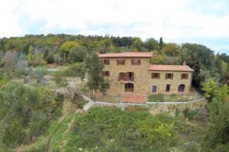 casale in pietra ristrutturato in vendita sud Toscana tra Castagneto carducci e suvereto